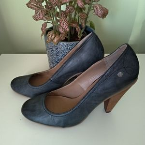 Calvin Klein grey high heel